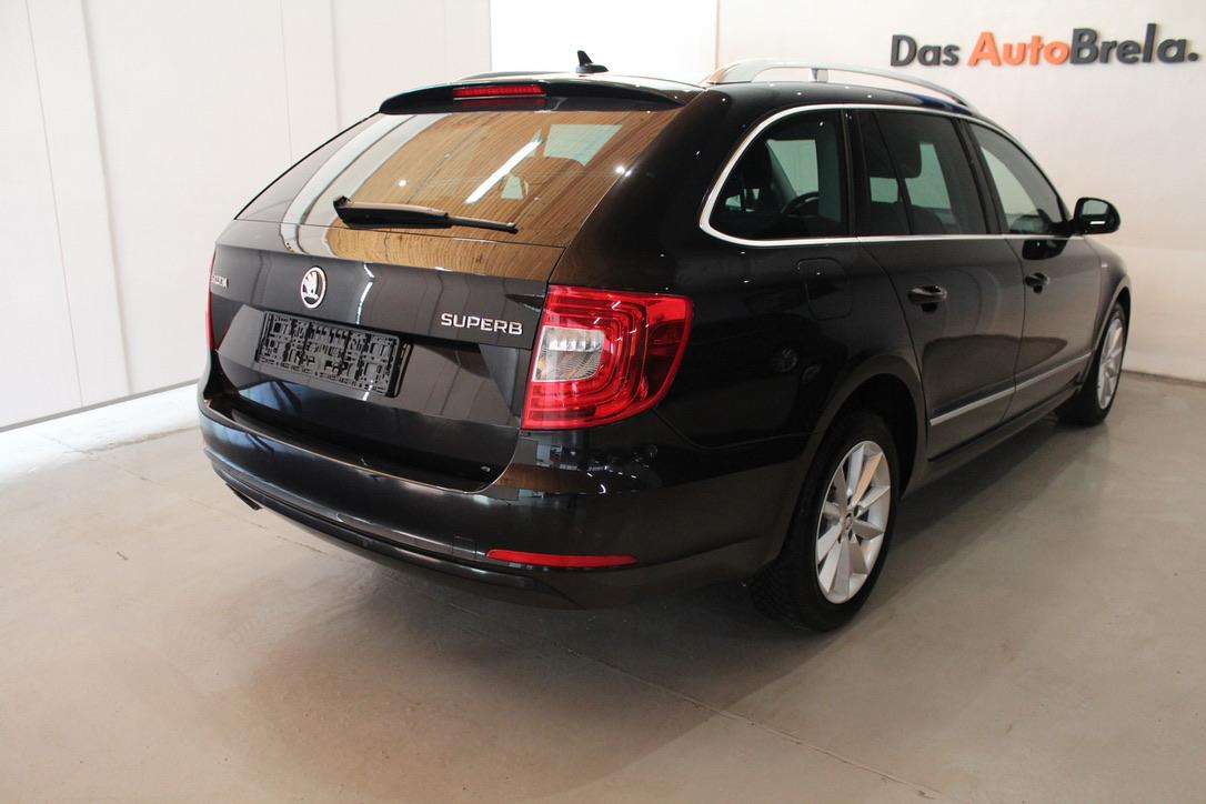 Škoda Superb II 2.0 TDI DSG Laurin&Klement kombi - AutoBrela obrázek
