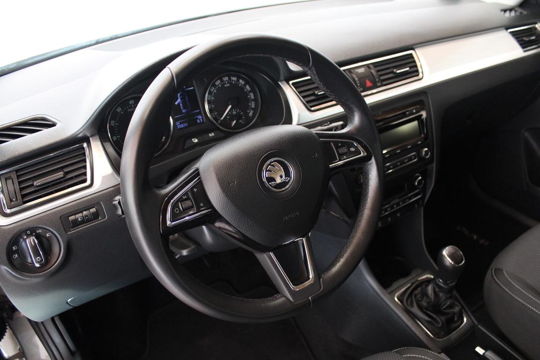 Škoda Rapid 1.2 SPACEBACK Elegance - AutoBrela obrázek