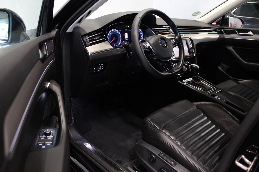 VW Passat B8 2.0 TDI DSG 4×4 176 kW Exclusive - AutoBrela obrázek