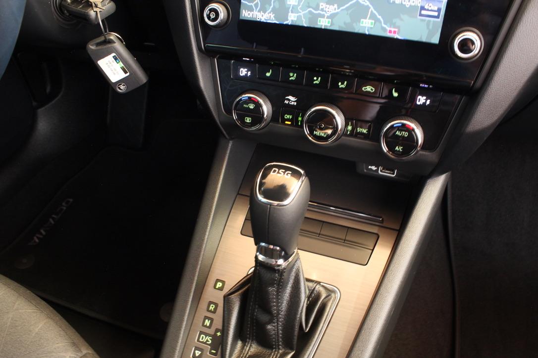 Škoda Octavia III Facelift 2.0 TDI DSG Style - AutoBrela obrázek