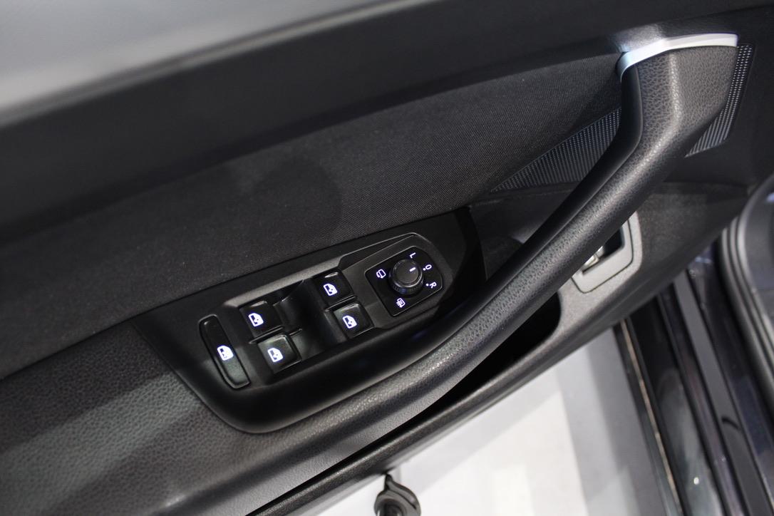 VW Passat B8 2.0 TDI DSG 4×4 140 KW HIGHLINE - AutoBrela obrázek