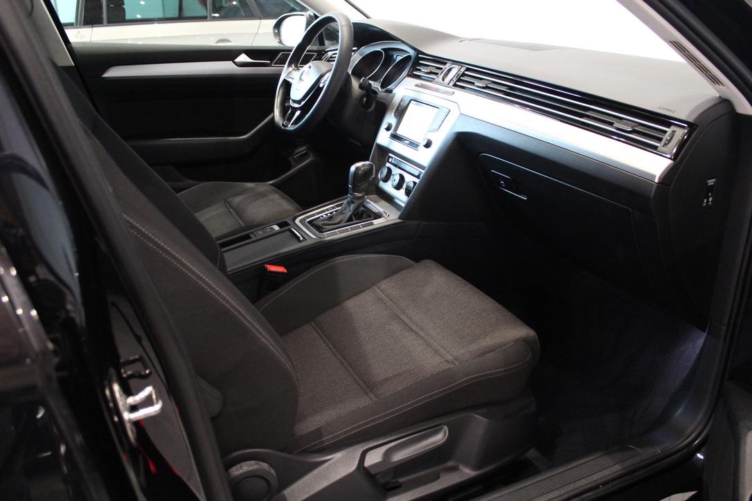 VW Passat 1.6 TDI DSG HIGHLINE Nez. Topení – DPH - AutoBrela obrázek