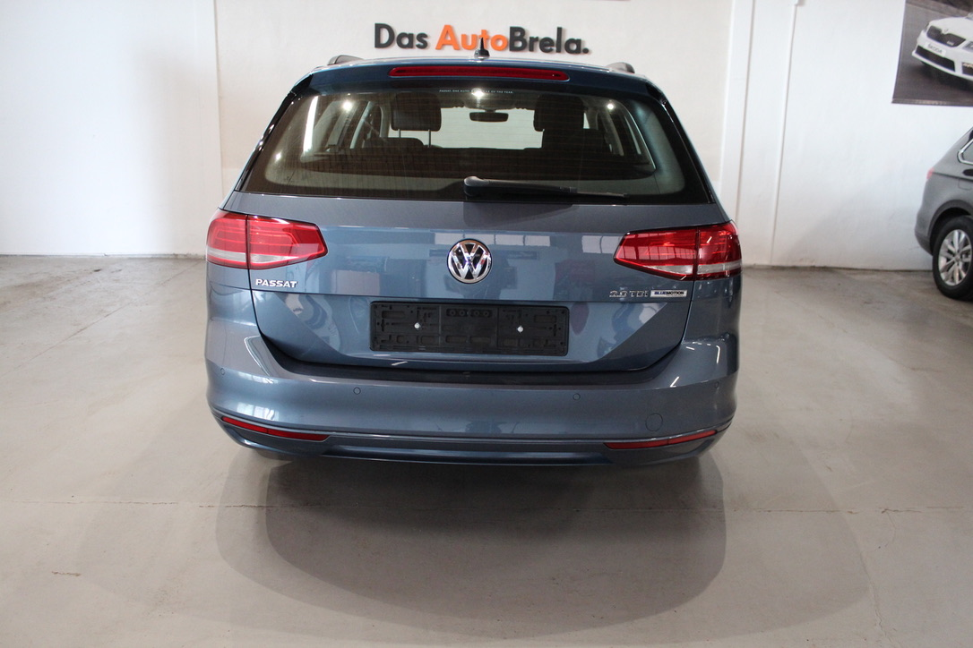 VW Passat B8 2.0 TDI 110 kW HIGHLINE -DPH - AutoBrela obrázek