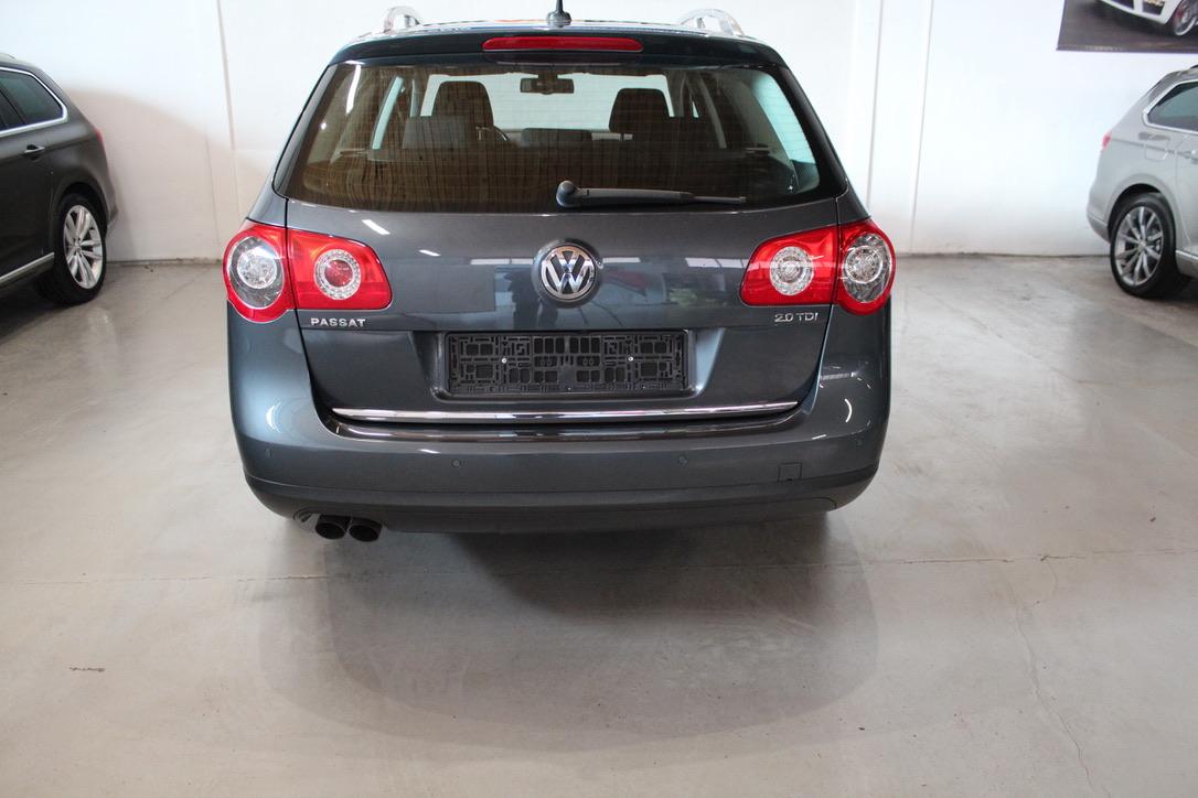 VW Passat 2.0 TDI Highline - AutoBrela obrázek
