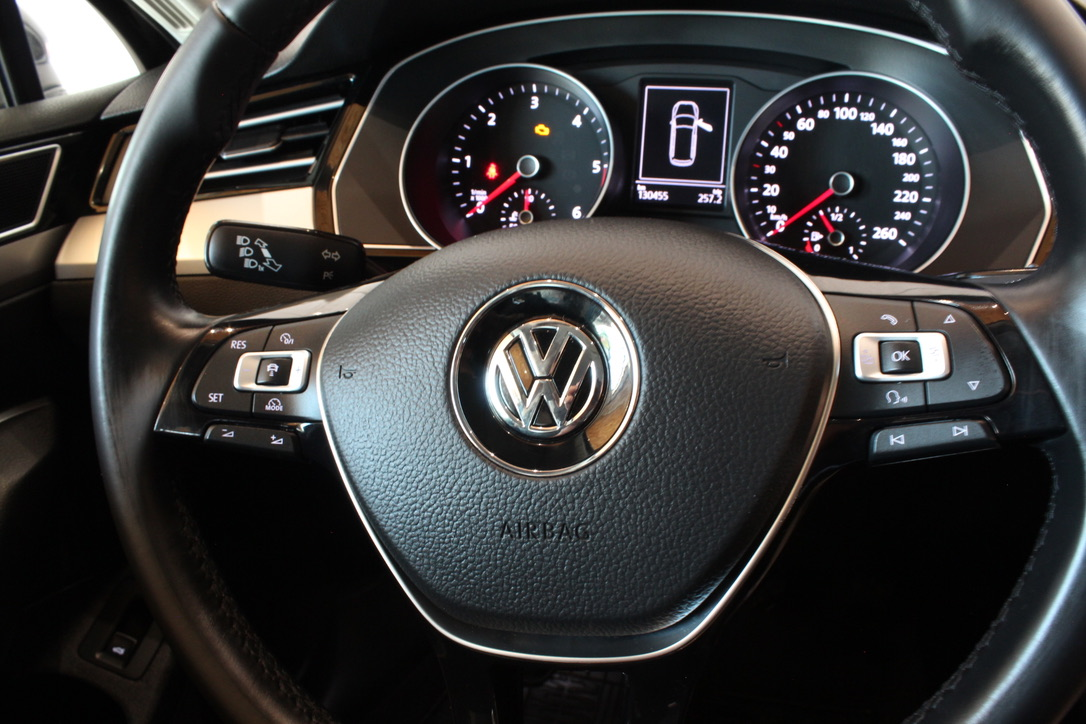 VW Passat B8 2.0 TDI HIGHLINE - AutoBrela obrázek