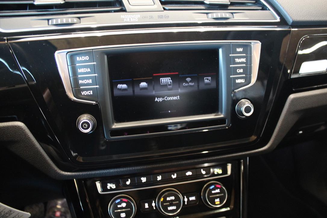 VW Touran Highline 2.0 TDI 110 kW  Nez. Topení - AutoBrela obrázek