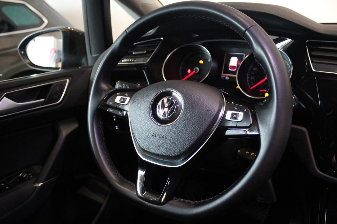 VW Touran II Highline 2.0 TDI DSG 110 kW Nez. Topení - AutoBrela obrázek