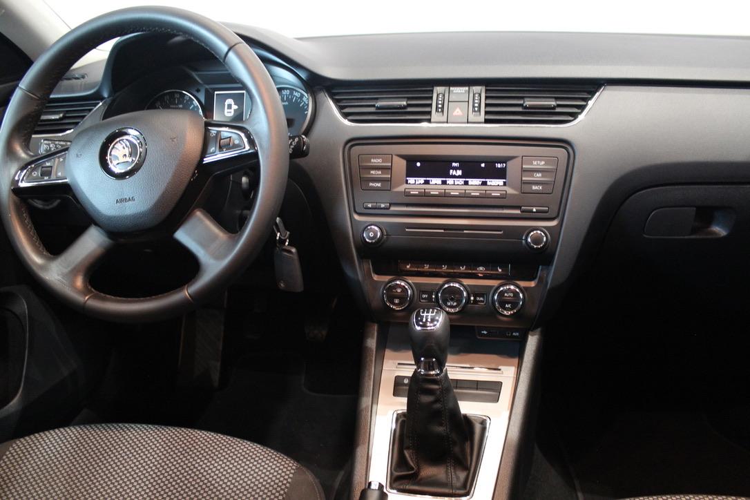 Škoda Octavia III 1.6 TDI 65000 km !! - AutoBrela obrázek