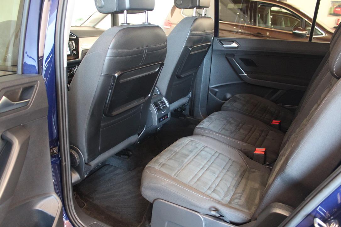 VW Touran 2.0 TDI DSG Highline 7 Míst Elk. Tažné zažízení - AutoBrela obrázek
