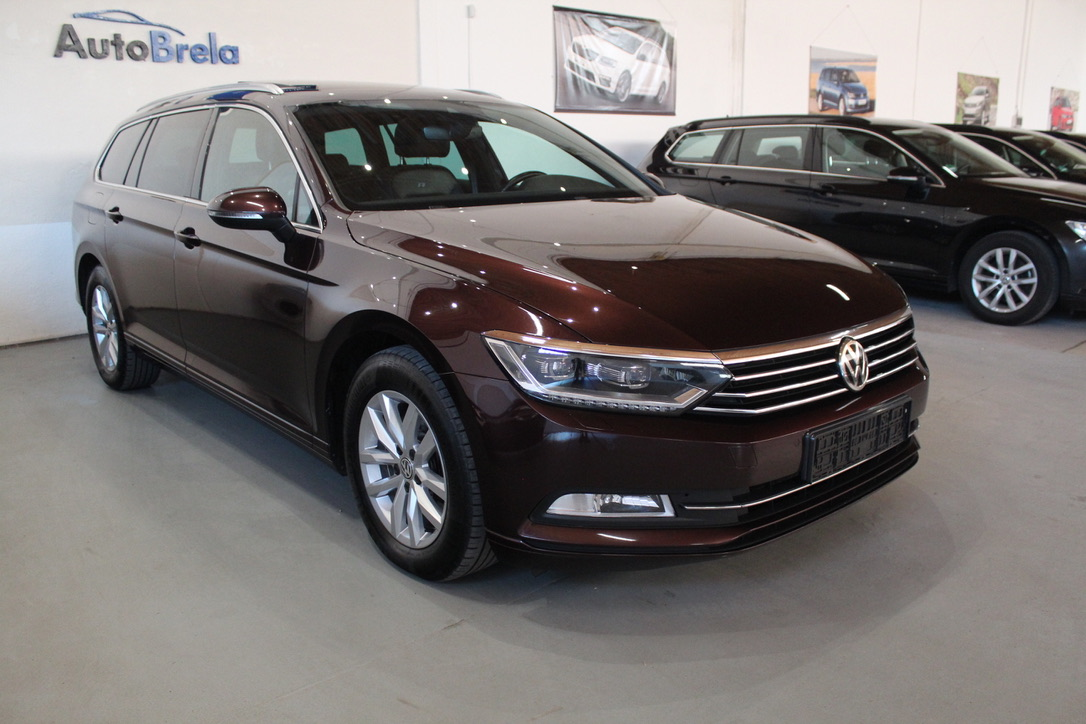 VW Passat B8 2.0 TDI DSG R-Line Highline Active Info display 12″-Full Led - AutoBrela obrázek