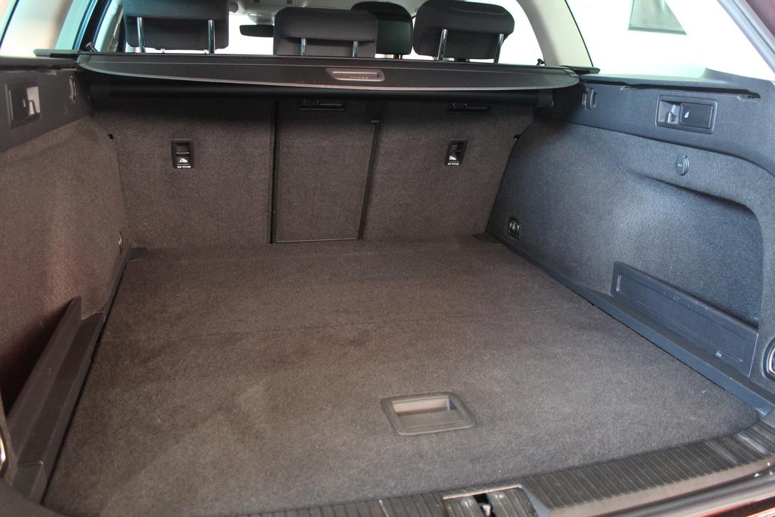 VW Passat B8 2.0 TDI Highline Full Led - AutoBrela obrázek