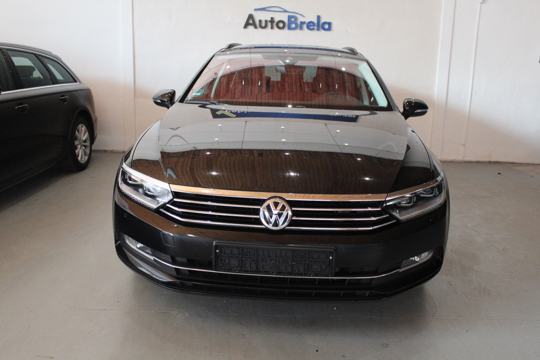VW Passat B8 2.0 TDI DSG Highline Active Info display 12″ Full Led - AutoBrela obrázek