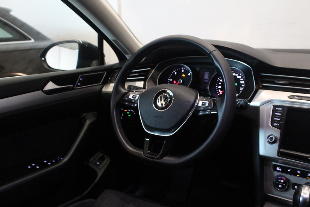 VW Passat B8 2.0 TDI DSG 4Motion 140kW Nezávislé topení - AutoBrela obrázek