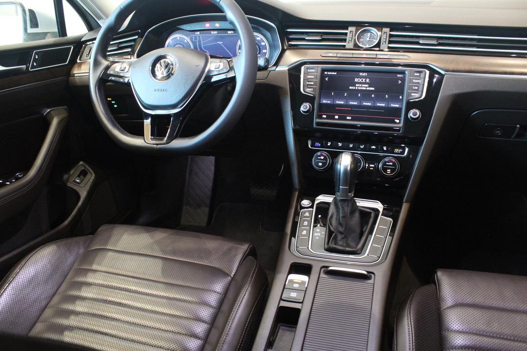 VW Passat B8 2.0 TDI DSG 4Motion 140kW Highline Full Led Active Info display 12″ - AutoBrela obrázek