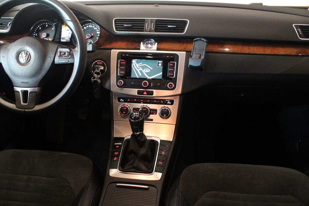 VW Passat 2.0 TDI 125kW Highline - AutoBrela obrázek