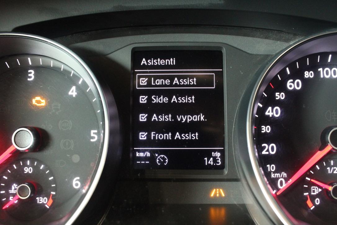 VW Passat B8 2.0 TDI DSG Highline Full Led-Panorama - AutoBrela obrázek