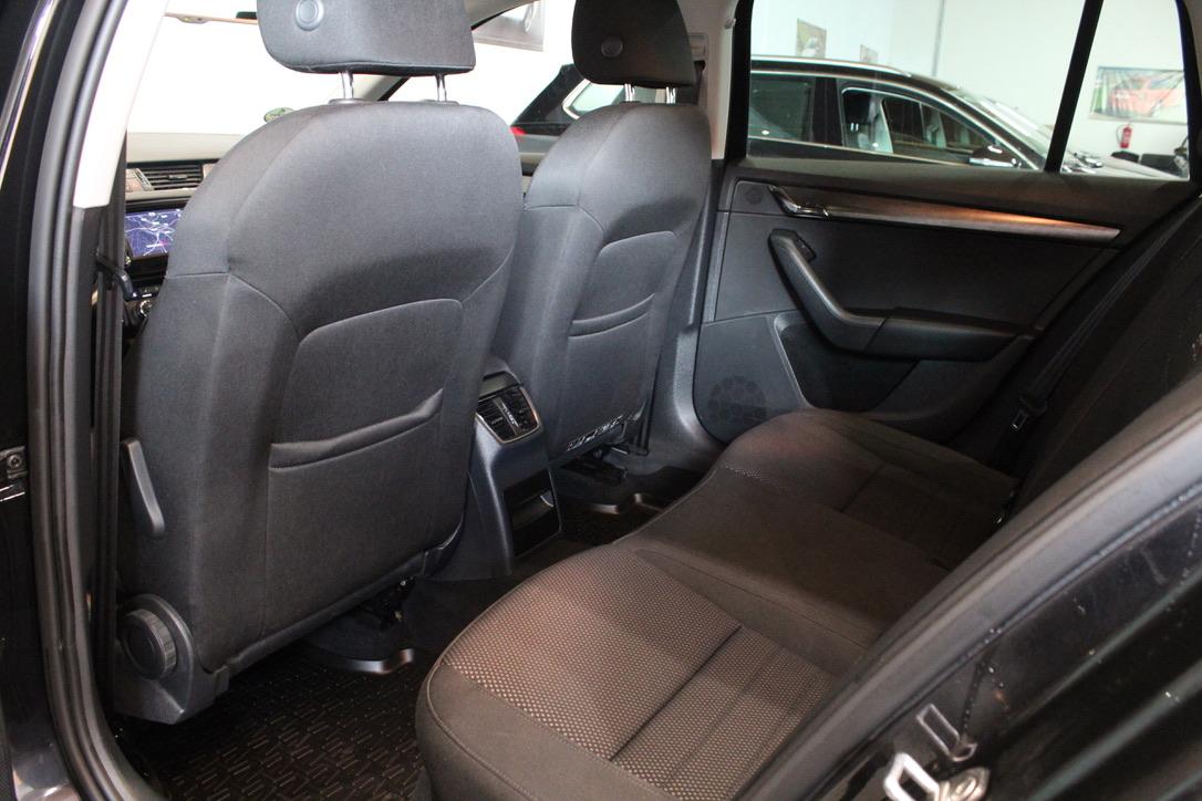 Škoda Octavia III 2.0 TDI DSG 135 kW 4×4 SCOUT Elegance - AutoBrela obrázek