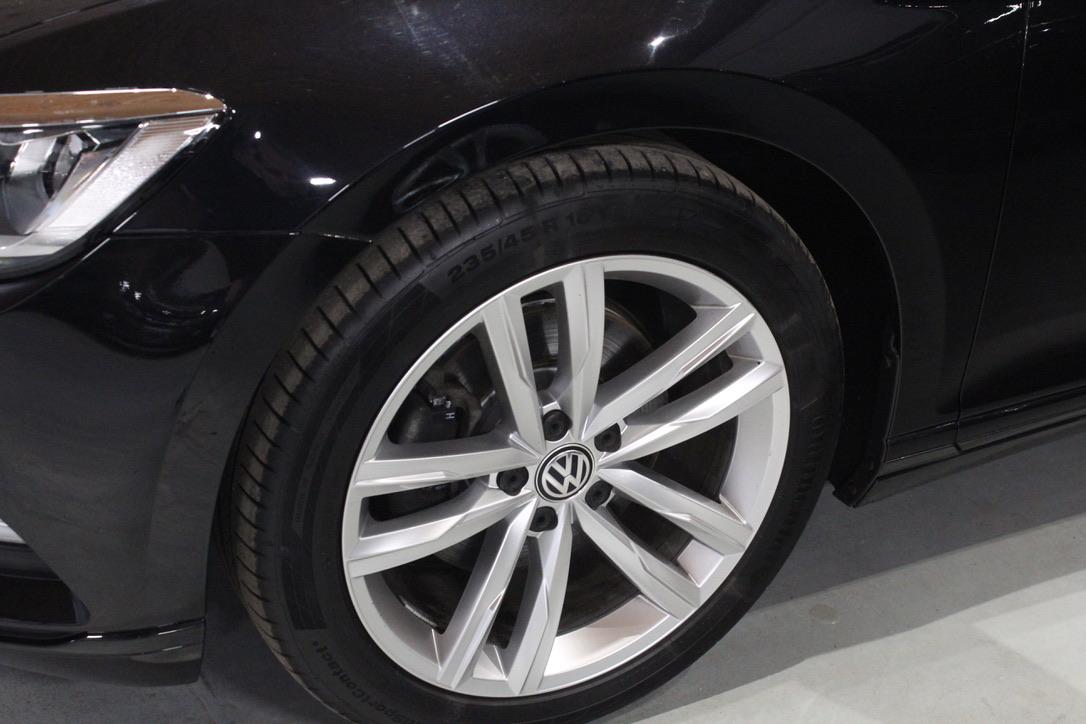 VW Passat B8 2.0 TDI DSG R-Line Highline kombi - AutoBrela obrázek