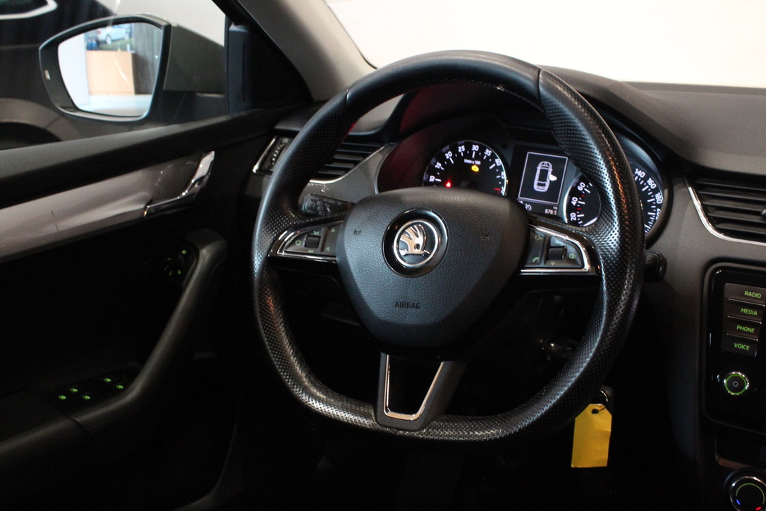 Škoda Octavia III 2.0 TDI Elegance Kombi - AutoBrela obrázek