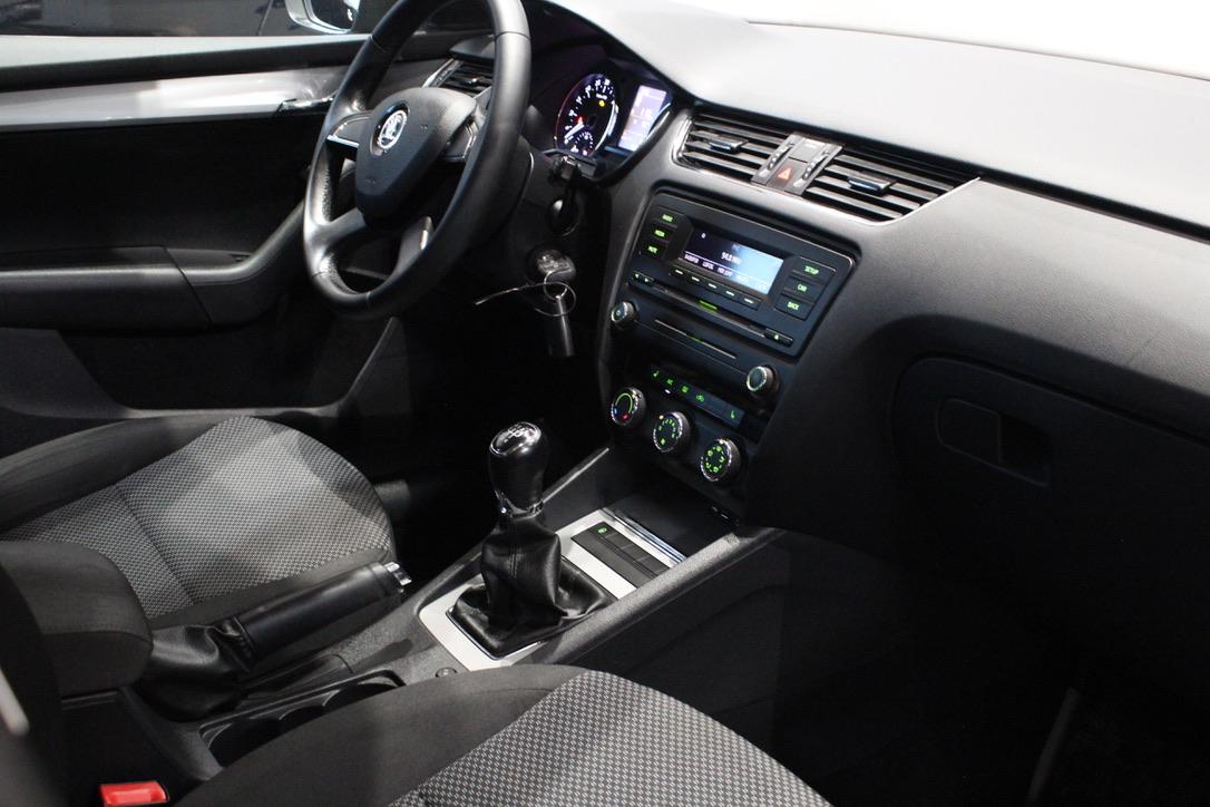Škoda Octavia III 1.6 TDI - AutoBrela obrázek