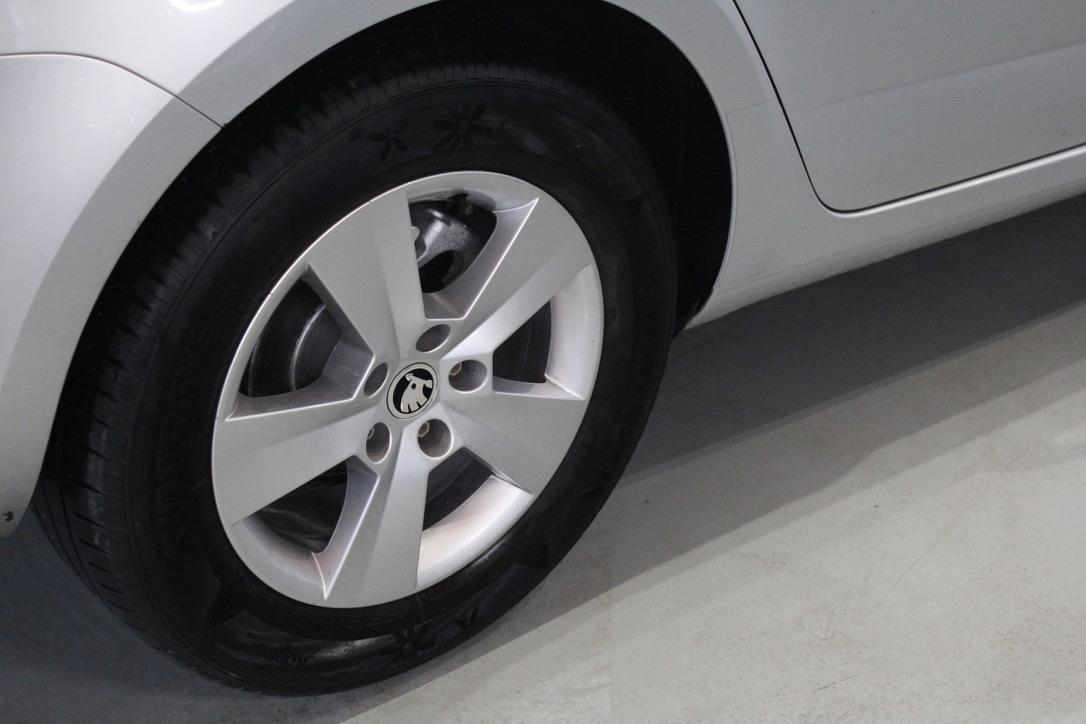 Škoda Octavia III 1.6 TDI kombi - AutoBrela obrázek