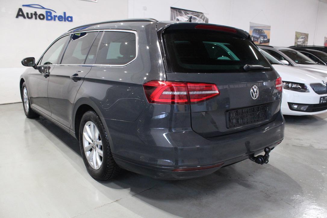 VW Passat B8 2.0 TDI R-Line - AutoBrela obrázek