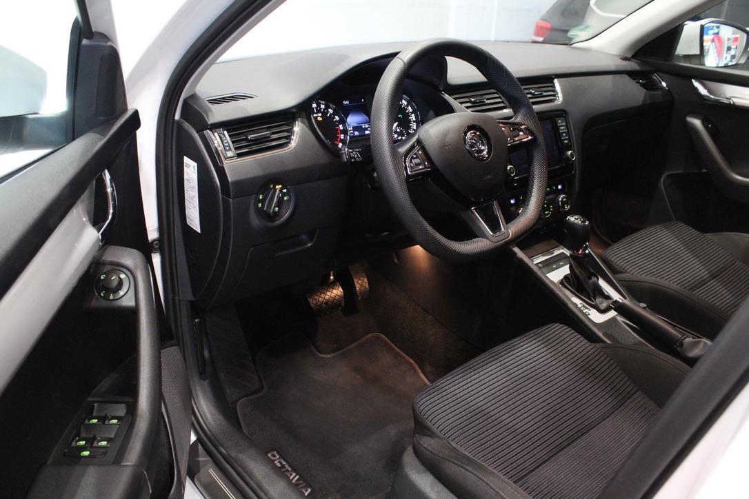 Škoda Octavia III 2.0 TDI DSG Laurin&Klement - AutoBrela obrázek