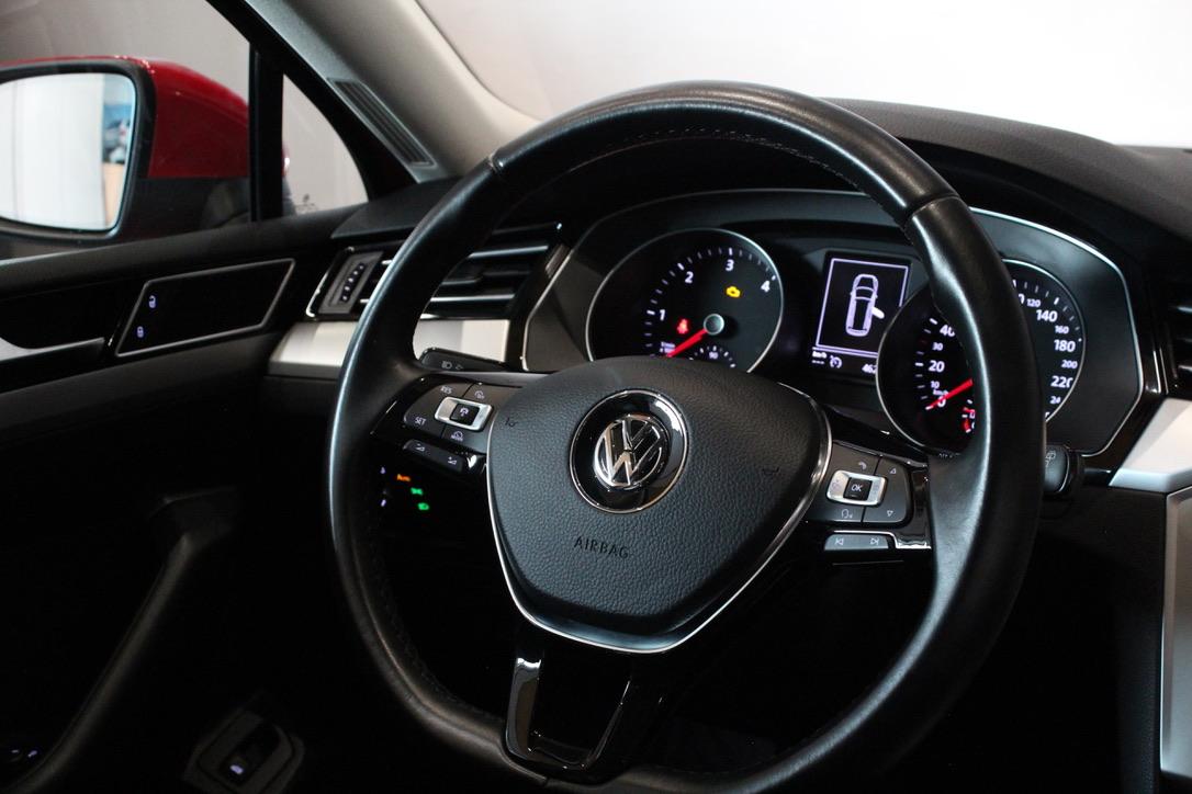 VW Passat B8 1.6 TDI DSG Highline Model 2018 - AutoBrela obrázek