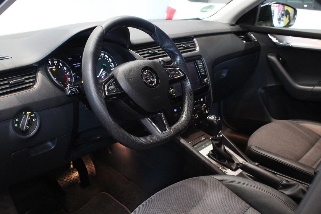 Škoda Octavia III 1.6 TDI DSG Laurin&Klement  Nezávislé topení - AutoBrela obrázek