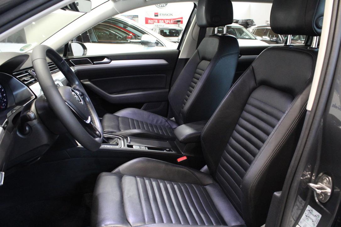 VW Passat B8 2.0 TDI 4Motion Highline  Active Info display 12″  Full Led 2017 - AutoBrela obrázek