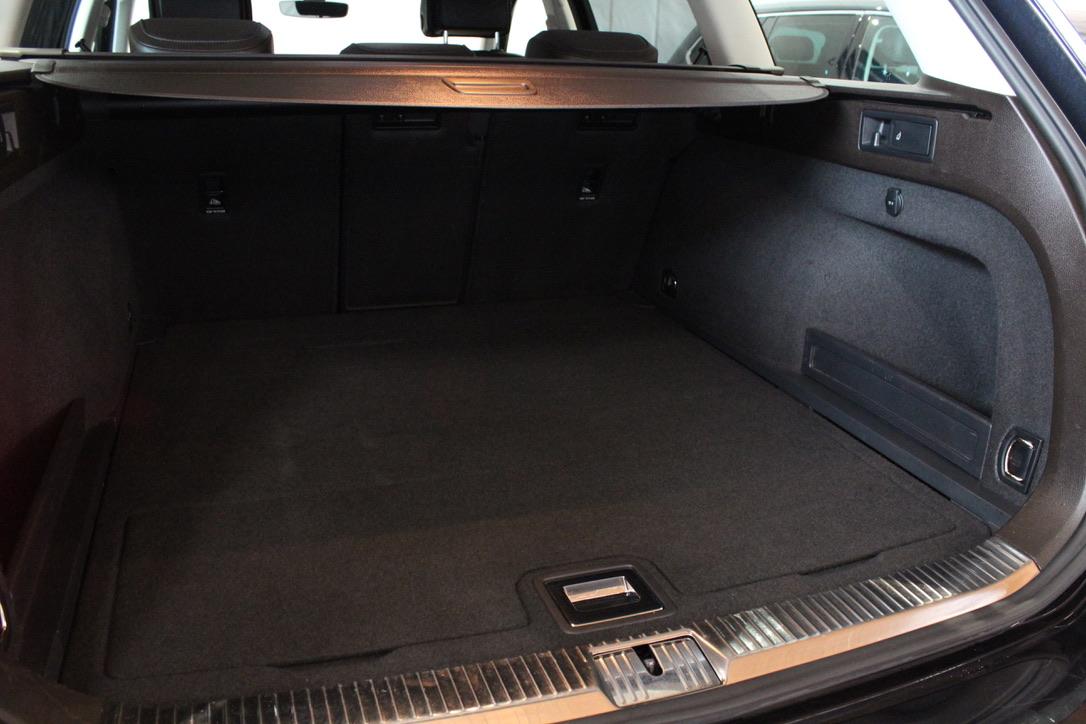 VW Passat B8 2.0 TDI DSG 140kW Highline - AutoBrela obrázek