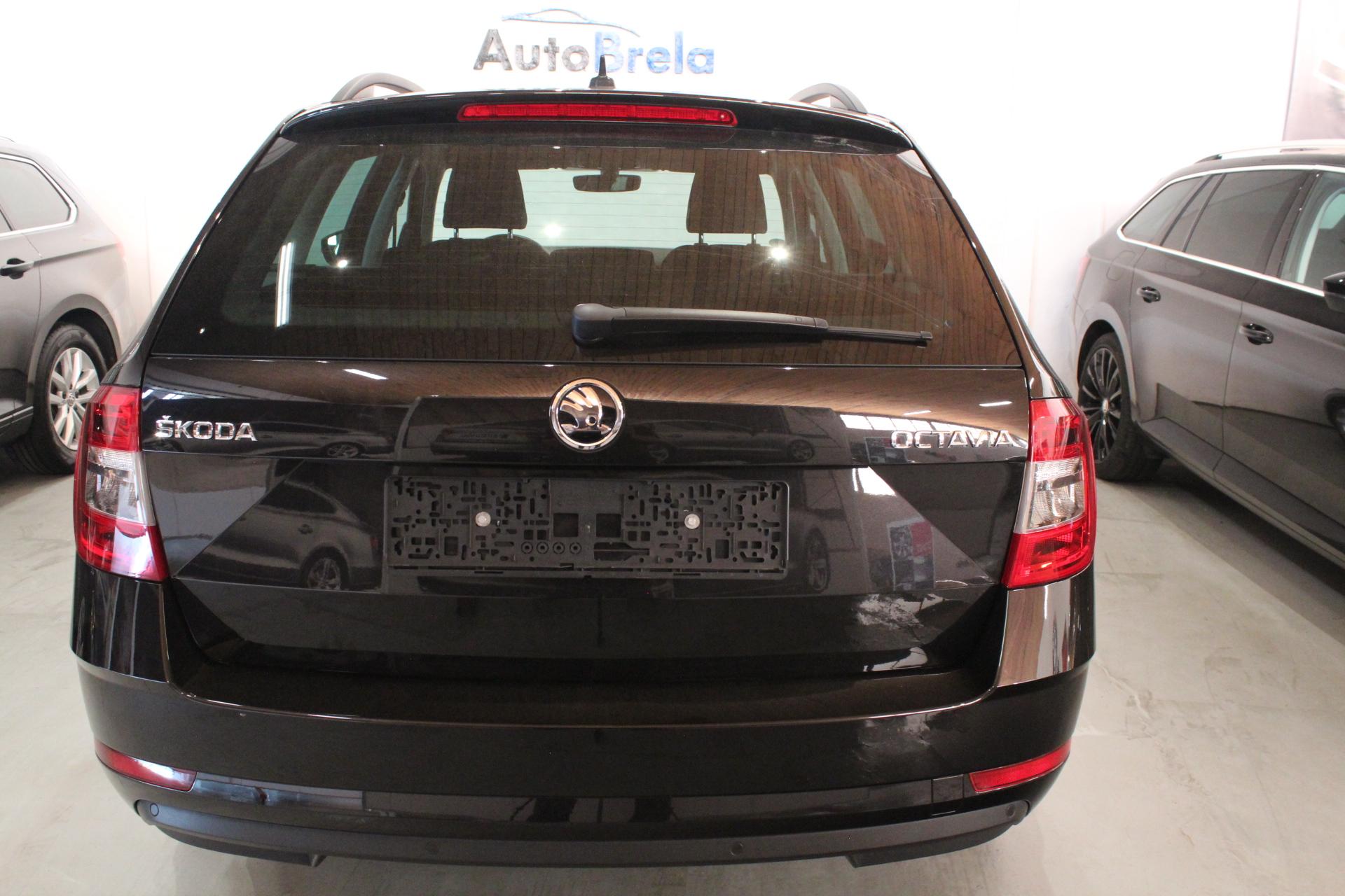 Škoda Octavia III Facelift  2.0 TDI DSG Elegance Navigace - AutoBrela obrázek