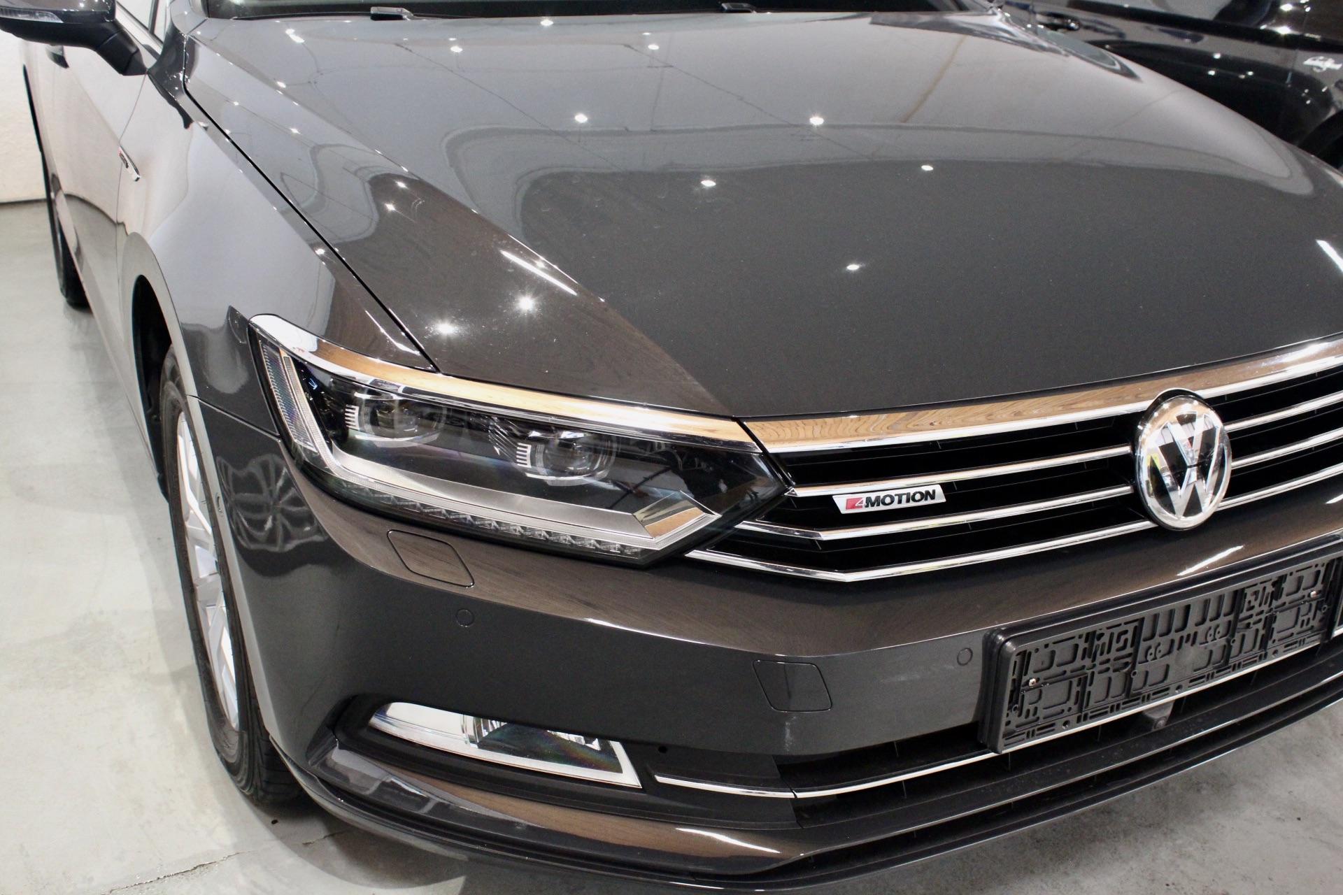 VW Passat B8 2.0 TDI DSG 4Motion Highline FULL LED Nezávislé Topení Area View 360° - AutoBrela obrázek