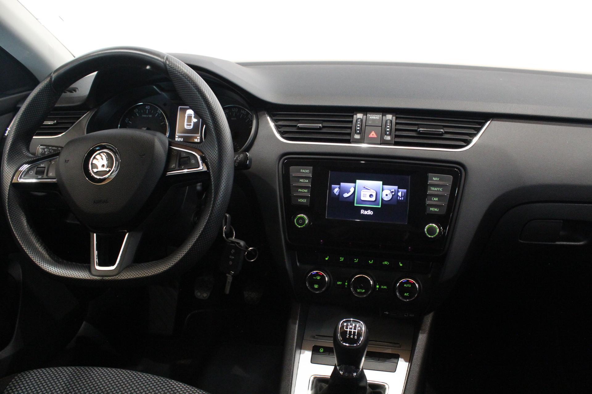Škoda Octavia III 1.4 TSI Navigace - AutoBrela obrázek