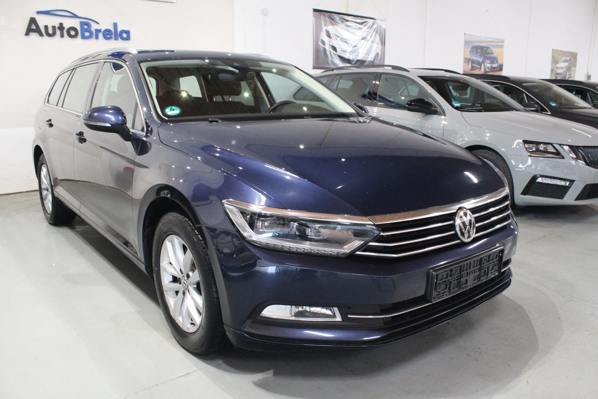 VW Passat B8 2.0 TDI Highline FULL LED Active Info display 12″ 2017 - AutoBrela obrázek