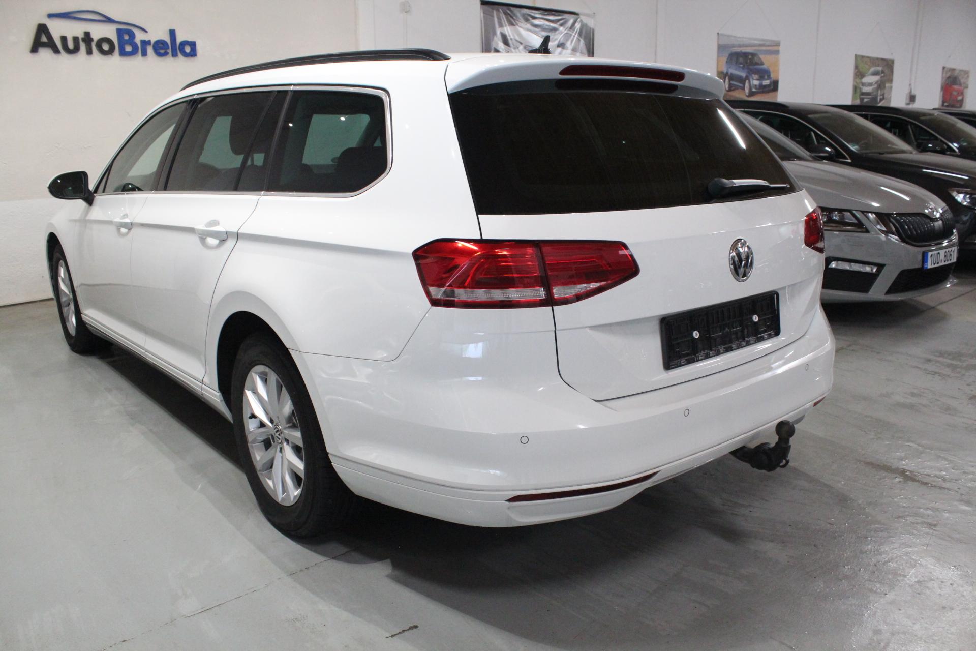 VW Passat B8 1.6 TDI Model 2017 Elk. Tažné zařízení - AutoBrela obrázek