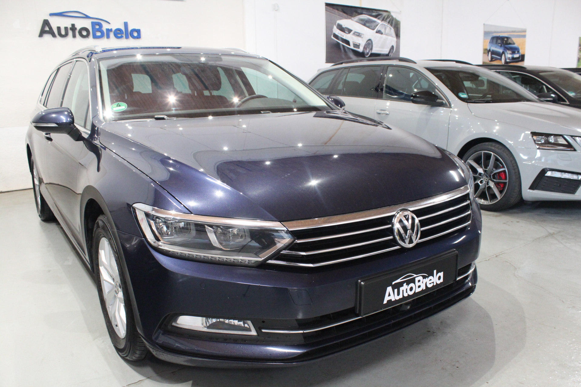 WV Passat B8 2.0 TDI DSG Highline Active Info display 12″  Area View 360° - AutoBrela obrázek