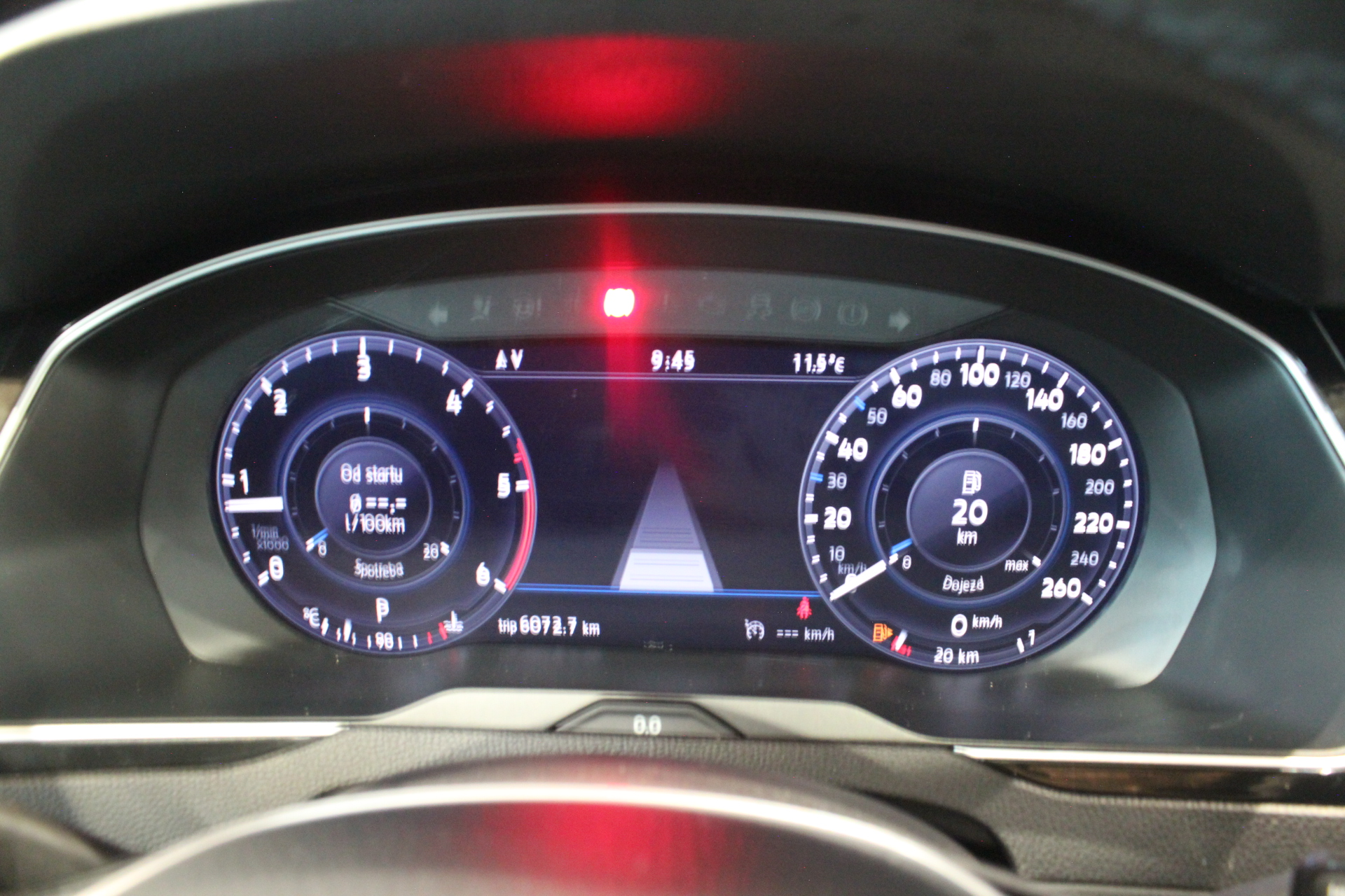 WV Passat B8 2.0 TDI DSG Highline Active Info display 12″  Area View 360° - AutoBrela obrázek