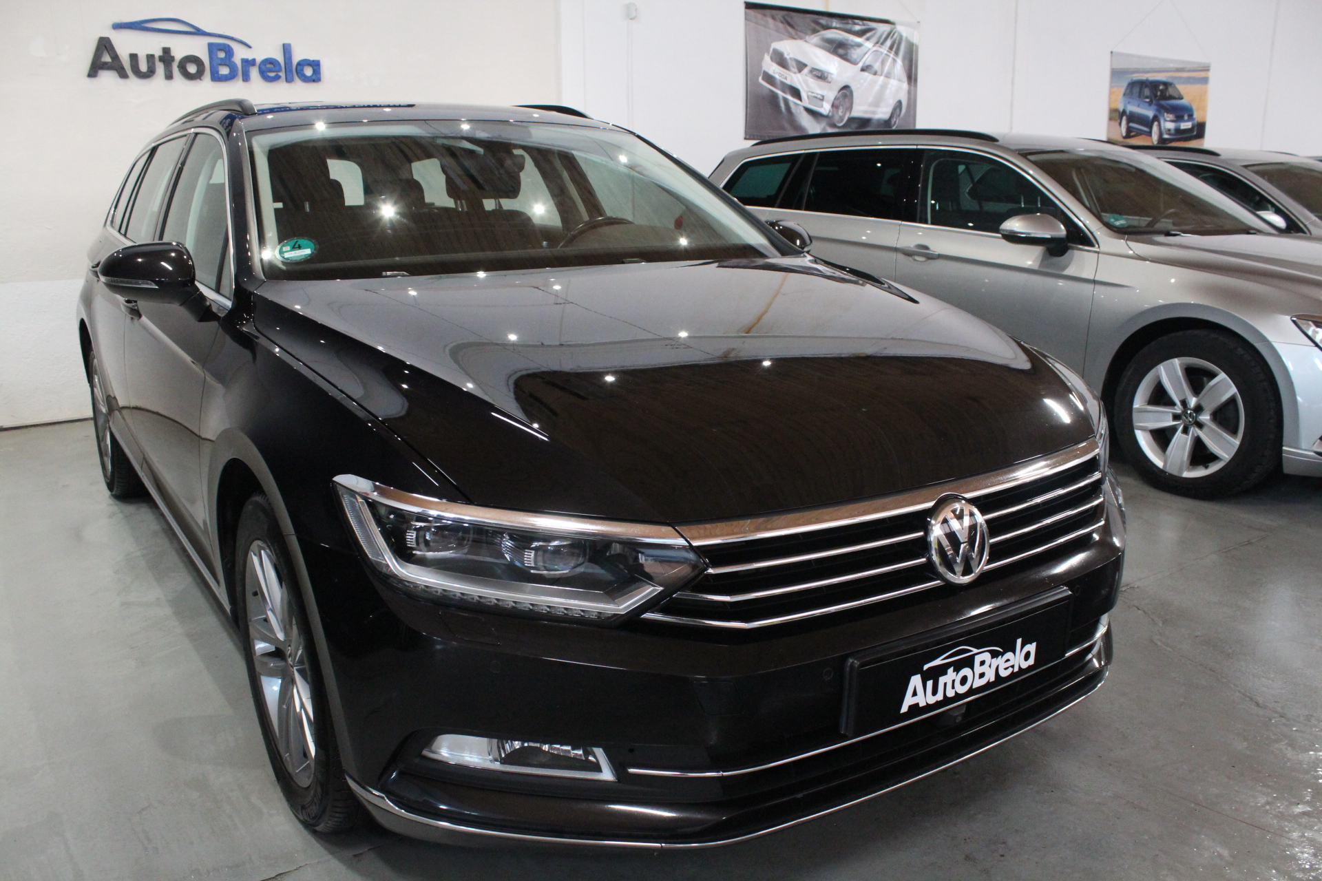 VW Passat B8 2.0 TDI DSG 140kW Highline Active Info display 12″ FULL LED  Area View 360° - AutoBrela obrázek