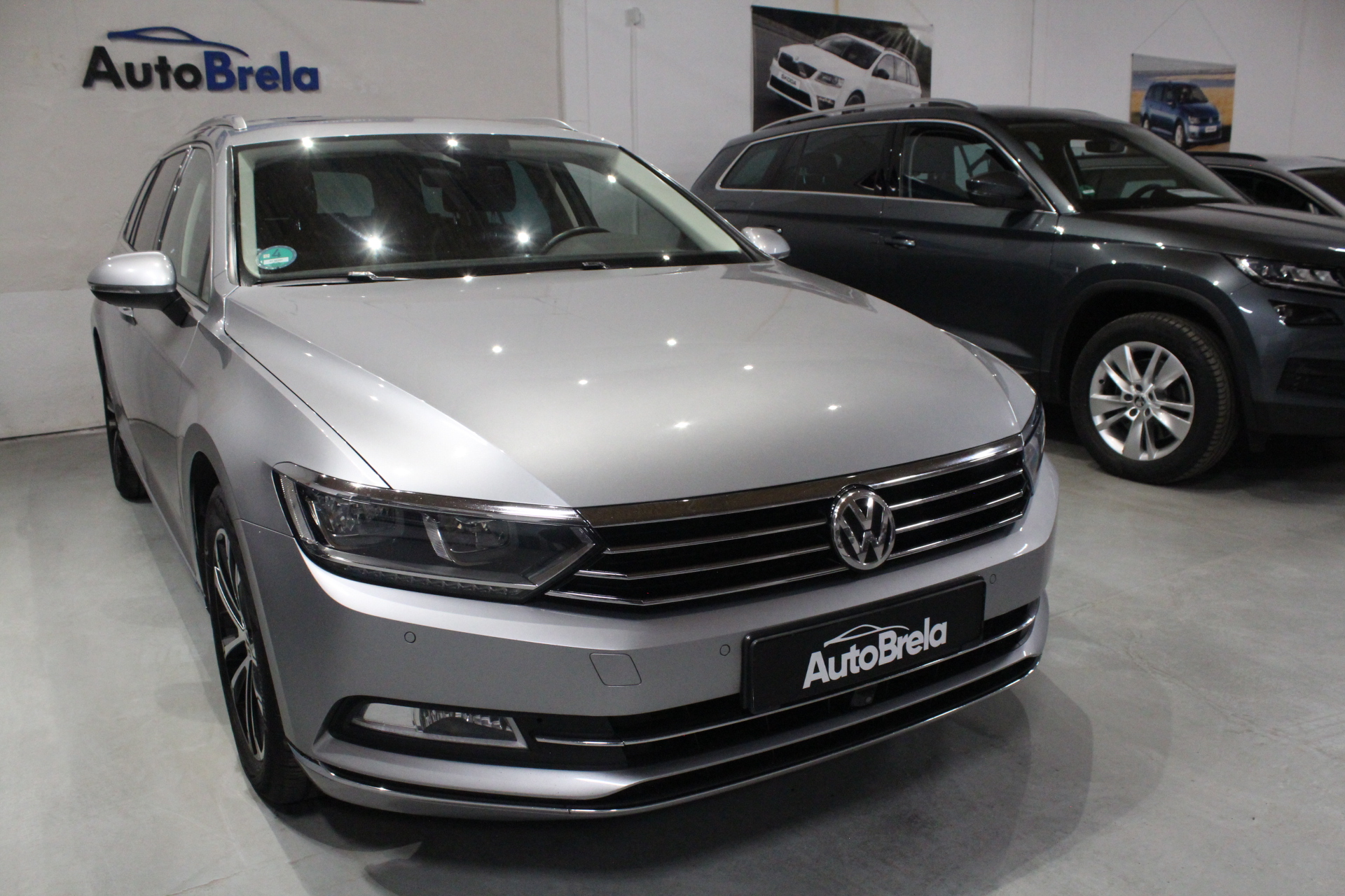 VW Passat B8 2.0 TDI Highline Nezávislé topení Active Info display 12″ Model 2018 - AutoBrela obrázek